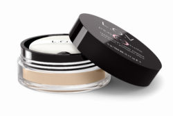 Foto: L.O.V perfectitude translucent loose powder offen.