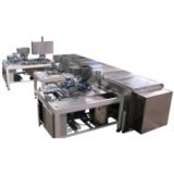 COMPACT UNIVERSAL MOLDING MACHINE